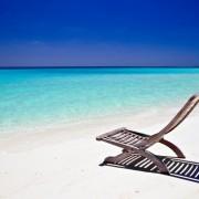 169f8shutterstock_13061500_800_537---tropikal-ada-sezlong