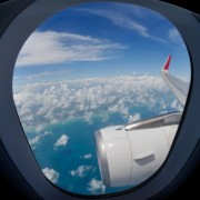 1f3f4shutterstock_138476708---Ucak-penceresinden-gokyuzu