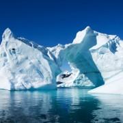 2e865shutterstock_22864903_800_533---Antartikada-buz-dagi