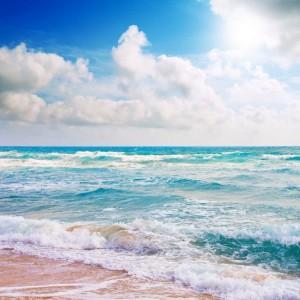 4a211shutterstock_47334160_667_600----firtinali-deniz-ve-bulutlu-gokyuzu