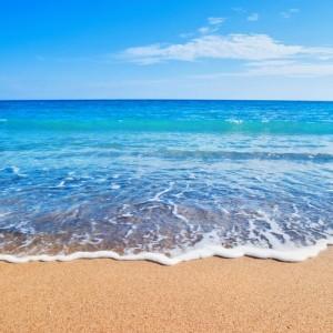 605abshutterstock_69311701_800_533---Deniz,kum-ve-gokyuzu