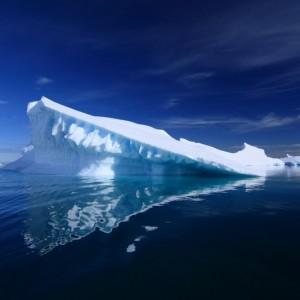 c668eshutterstock_30537133_800_533---Antartikada-bir-buz-dagi