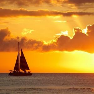 46010shutterstock_94914985--BBir-gunbatimi-fotografi,Waikiki,-Honolulu,-Hawaii