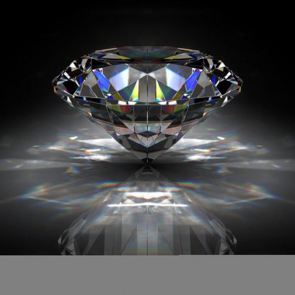 57fecShutterstock_7987359---Siyah-arka-planda-elmas