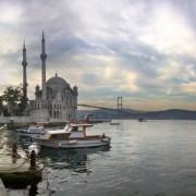 690cbshutterstock_54571027---Ortakoy-Camii-ve-Bogaz-Koprusu,-istanbul
