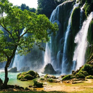 8ce4ashutterstock_141253822--Ban-gioc---Vietnam-Detian-selalesi