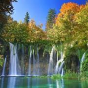 b63ecshutterstock_115267426--Sonbaharda-milli-park---Hirvatistan-plitvice-golleri