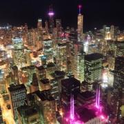 c7399shutterstock_89592886-Michigan-golu,gokdelenler-ve-kent-silueti-ile-gece-Chicago-sehri-havadan-gorunumu