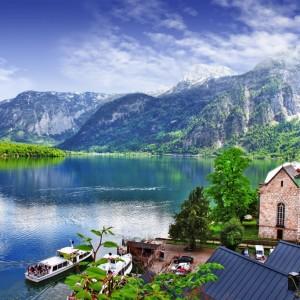 e7bcdshutterstock_139406084---Hallstatt---Alplerin-guzelligi,-Avusturya